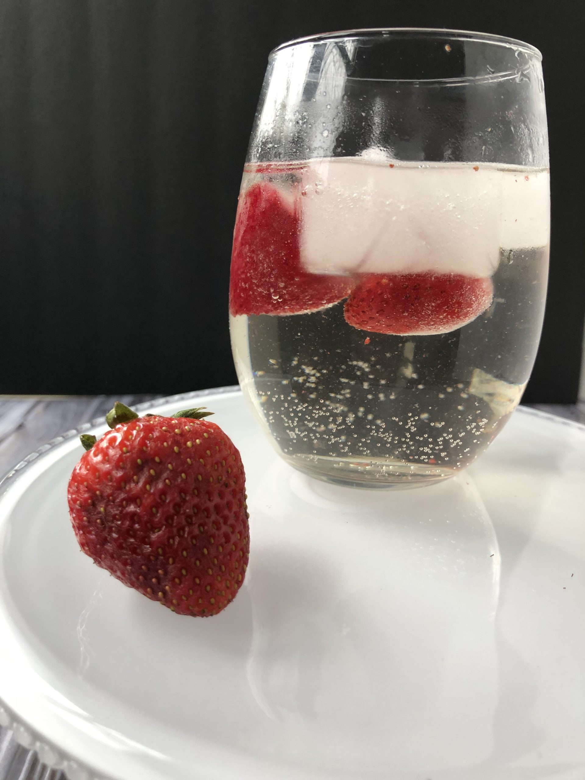 A cocktail for national moscato day