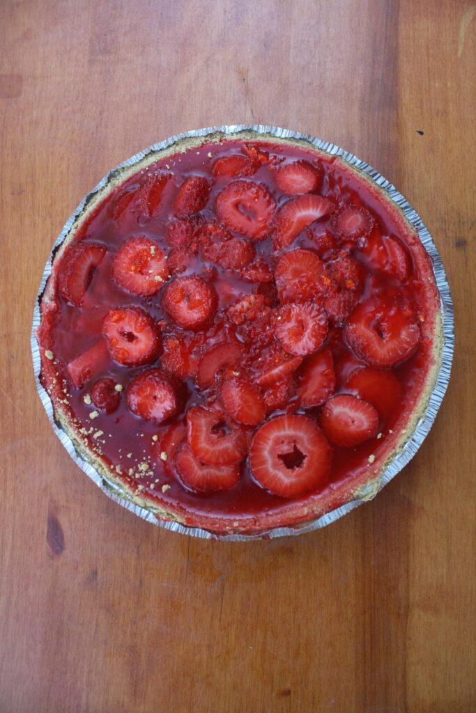 Easy Strawberry Jello Pie