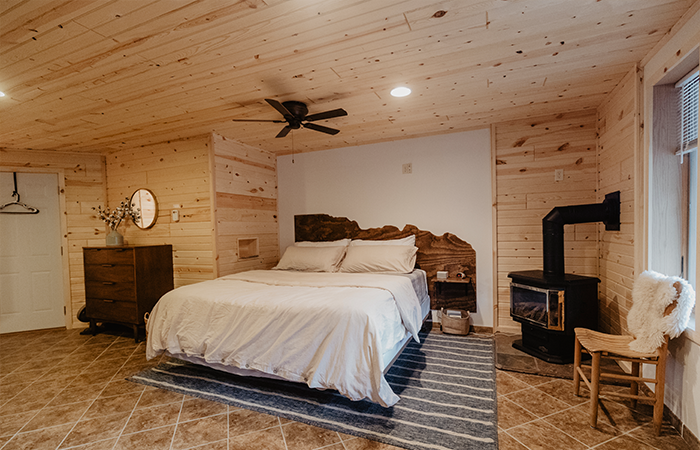 Best Places for Couples to Stay in the Black Hills
