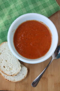 Simple and quick creamy tomato soup